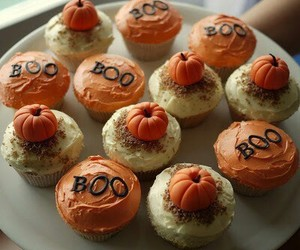 pumpkin, cupcake, and Halloween image