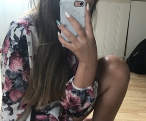 girl, shein, and nails image
