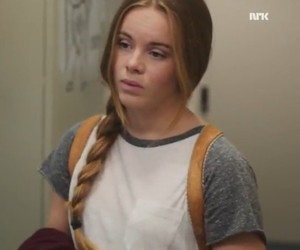 skam, eva mohn, and lisa teige image