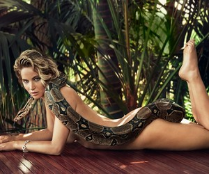 actress, legs, and Vanity Fair image