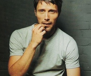 hannibal, mads mikkelsen, and hannibal lector image