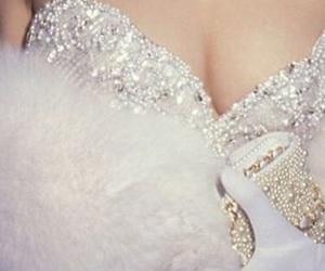 diamonds and pearls image