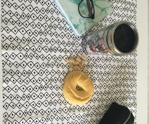 almond, chilling, and cup image