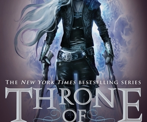 book and throne of glass image