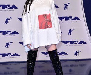 celebrity, noah cyrus, and fashionist image