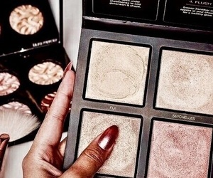 beauty, laura mercier, and gold image