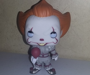 it, funkopop, and pennywise image