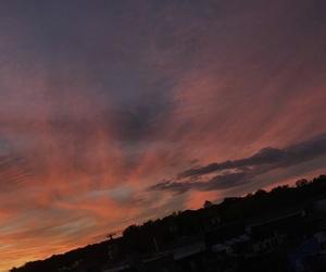 sky and @ayesha_tariq001 image
