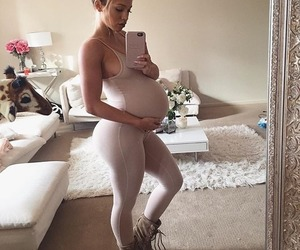 article, tammy hembrow, and babies image