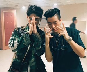 dean and junoflo image