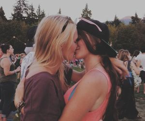 lesbian, kiss, and love image