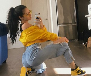 yellow, outfit, and maggie lindemann image
