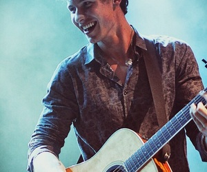 shawn mendes, smile, and concert image