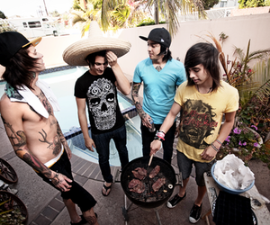 band, pierce the veil, and Tattoos image