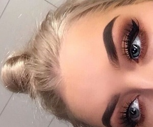 makeup, girl, and eyebrows image
