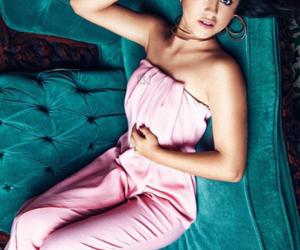 photoshoot, karol sevilla, and pink image
