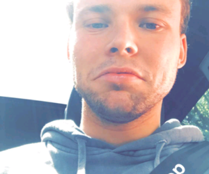 selfie, ashton irwin, and 5 seconds of summer image