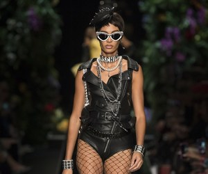 fashion, Moschino, and joan smalls image