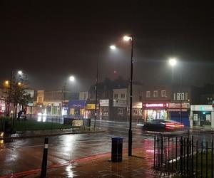 london, night, and love miri image