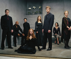 michael c hall and six feet under image