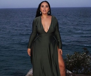 confidence, curvy, and dress image