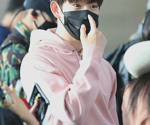 airport, handsome, and k-pop image
