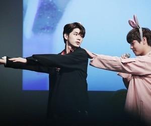 wanna one, jihoon, and seongwoo image