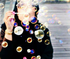 bubbles and hijab image