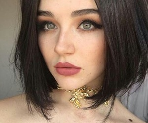gold, green eyes, and hairstyle image