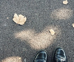autumn, fall, and dcmartens image