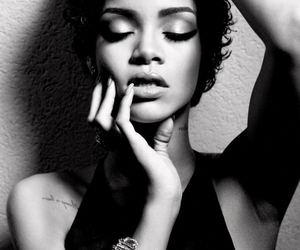 black, dark, and rihanna image