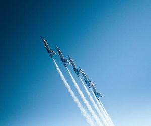 acrobatic, plane, and ✈ image