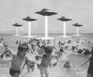alien, beach, and ufo image