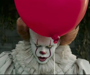 it, pennywise, and gif image