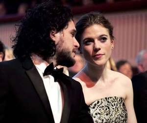 couple, engaged, and jon snow image