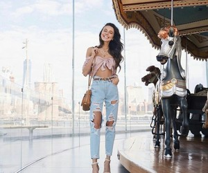 fashion fashionable cute, life love heart, and ripped jeans girl image