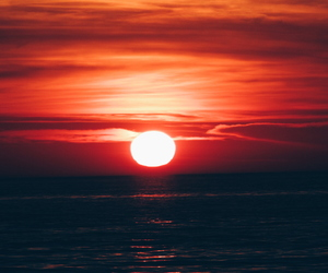 red, sun, and sunsest image