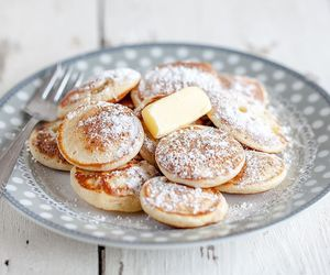 dutch and pancakes image