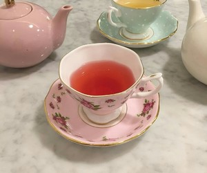 drink, tea, and pink image
