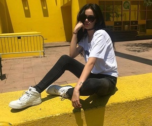 maggie lindemann, yellow, and tumblr image