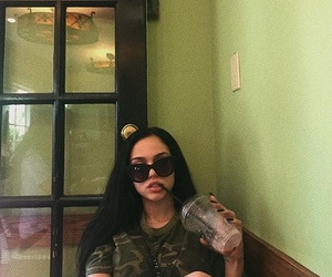 maggie lindemann and tumblr image
