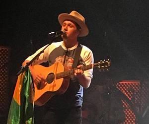 niallhoran, brazil, and slow hands image