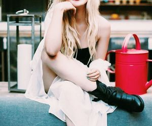 celebrities and dove cameron image