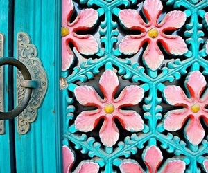 south korea, 🇰🇷, and temple door image