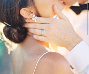beautiful, bride, and hands image