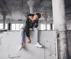 Hot, rapper, and machine gun kelly image