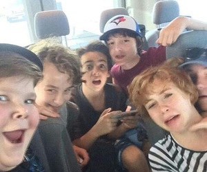 it movie, finn wolfhard, and it cast image