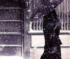 japan, snow, and geisha image