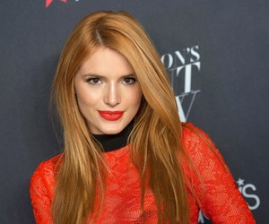 bella thorne, actress, and couple image