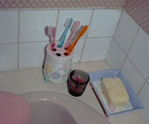 90s, bedroom, and bathroom image